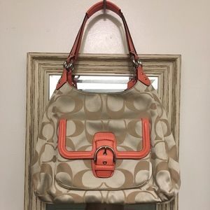 NWOT Coach hobo purse perfect for summer!